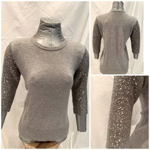 Mexx grey sweater with sequins sleeves